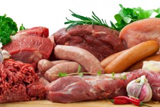 Σκιάθος: Προσπάθησε να κλέψει κρέας από σούπερ μάρκετ