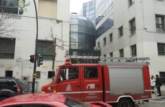 Συναγερμός στο Πανεπιστήμιο Θεσσαλίας – Έστειλαν φάκελο με ύποπτη σκόνη στην Πρυτανεία