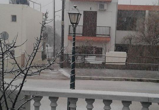 Σφοδρή χιονόπτωση και στην Αλόννησο