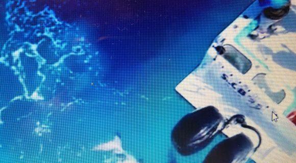 Στα σαγόνια του καρχαρία – Επιτέθηκε σε μηχανή σκάφους και την κατέστρεψε
