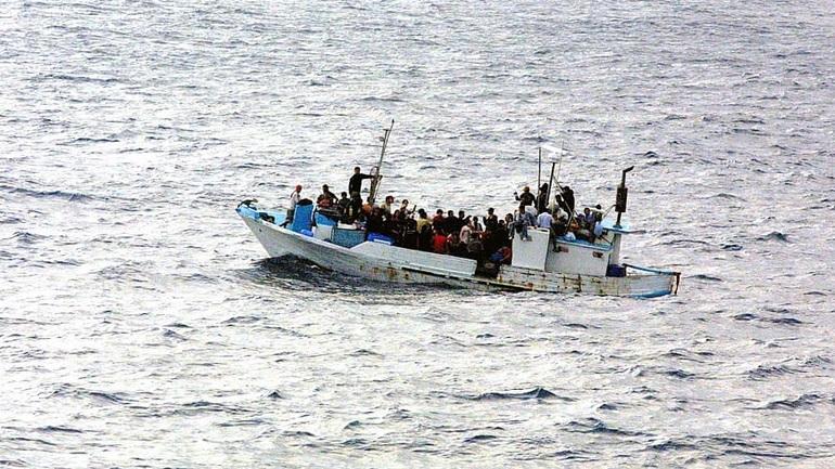 Στους 54 οι νεκροί από τη βύθιση πλοιάριου με μετανάστες