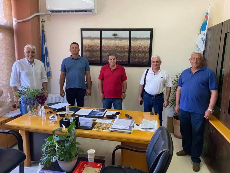 Στο δημαρχείο Φαρσάλων η γραμματεία αγροτικού του ΣΥΡΙΖΑ