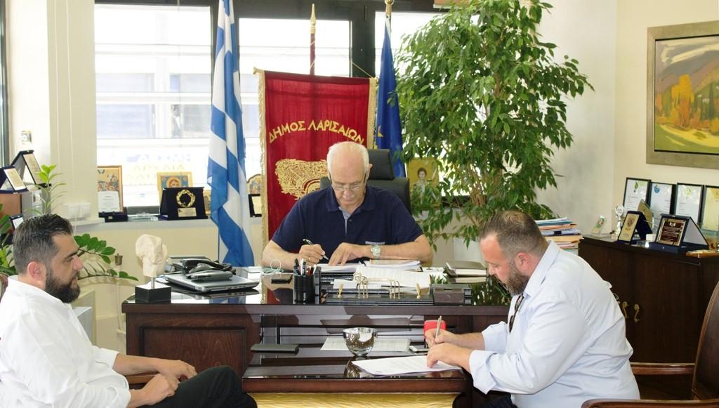 Δήμος Λαρισαίων: 3.700 νέα φωτιστικά σώματα τεχνολογίας LED