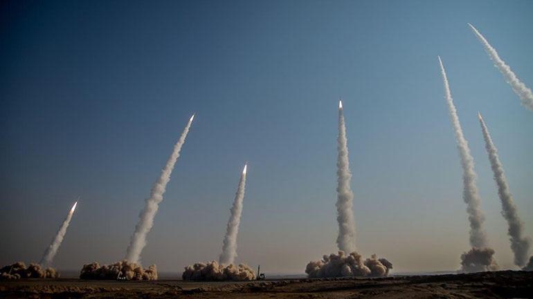 Το Ιράν προχώρησε σε δοκιμές βαλλιστικών πυραύλων και μη επανδρωμένων αεροπλάνων