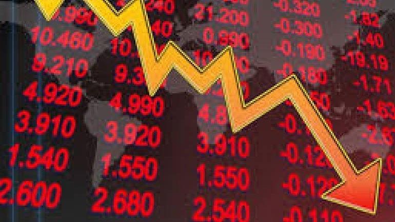 Εβδομαδιαία πτώση 3,56%, απώλειες 4,71% στις τράπεζες