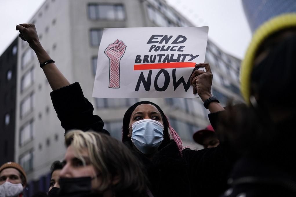 Βρυξέλλες: Επεισόδια και συλλήψεις μετά τη διαδήλωση για τον θάνατο νεαρού σε αστυνομικό έλεγχο