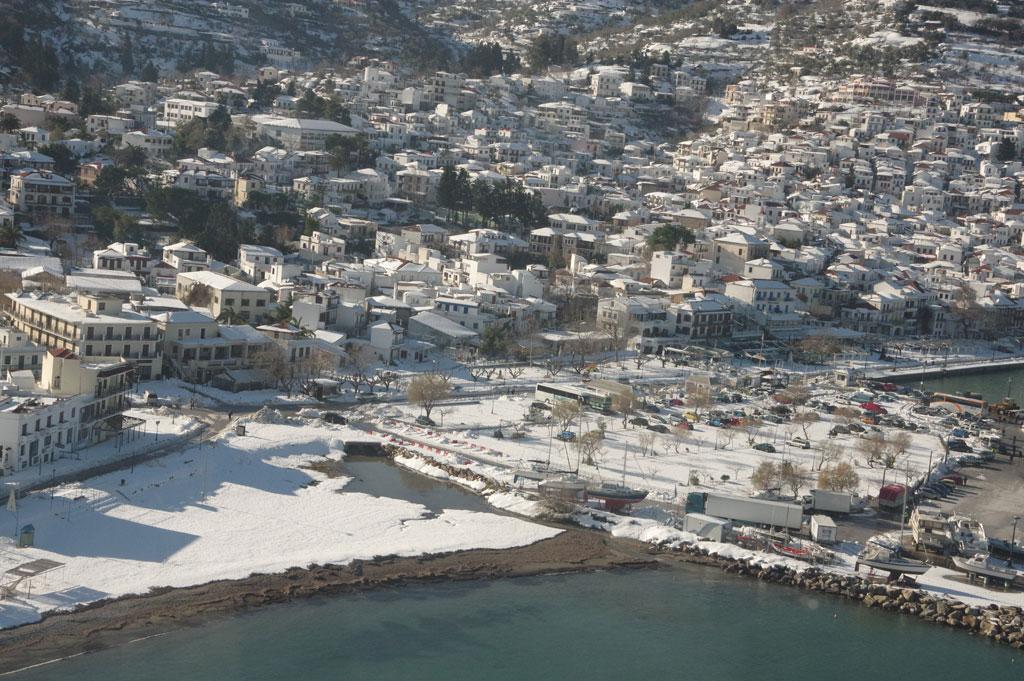 Το απόγευμα η αποκατάσταση της ηλεκτροδότησης στα νησιά των Σποράδων