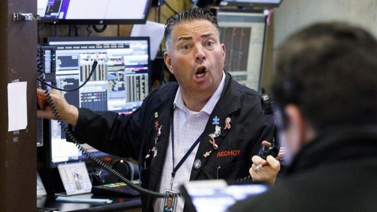 Μεγάλες απώλειες για τους βασικούς δείκτες της Wall Street
