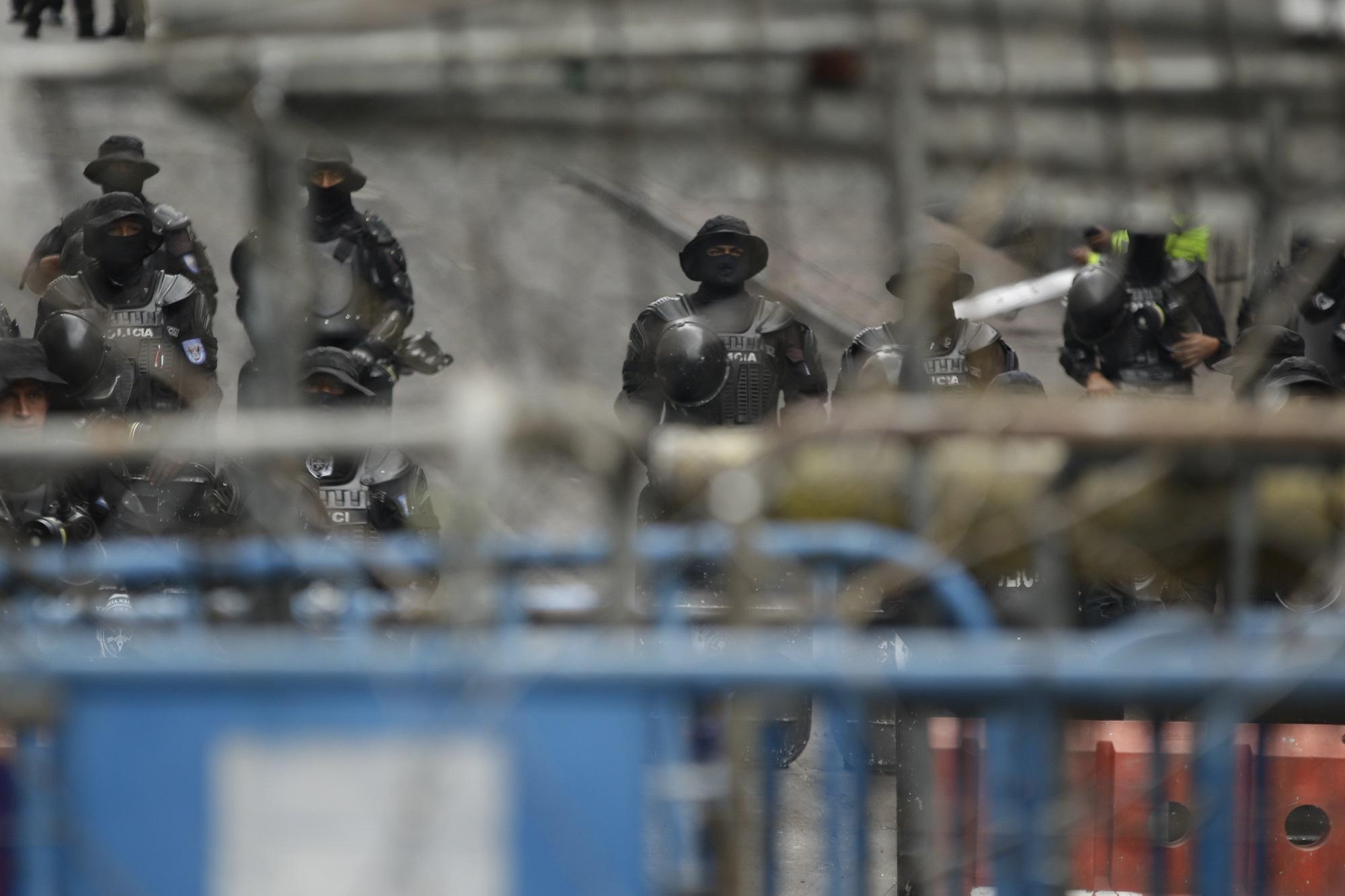 Ισημερινός: Τουλάχιστον 50 κρατούμενοι νεκροί σε εξεγέρσεις σε φυλακές